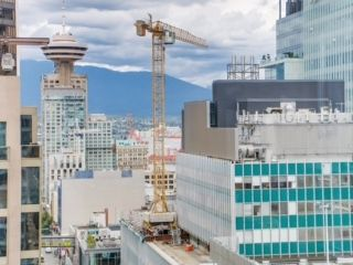 """Photo 14: 2003 833 SEYMOUR Street in Vancouver: Downtown VW Condo for sale in """"CAPITAL RESIDENCES"""" (Vancouver West)  : MLS®# R2087892"""
