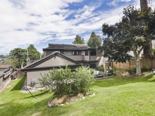 Photo 31: 1059 WALALEE Drive in Delta: English Bluff House for sale (Tsawwassen)  : MLS®# R2480935