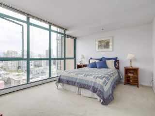 """Photo 17: 2005 212 DAVIE Street in Vancouver: Yaletown Condo for sale in """"Parkview Gardens"""" (Vancouver West)  : MLS®# R2218956"""