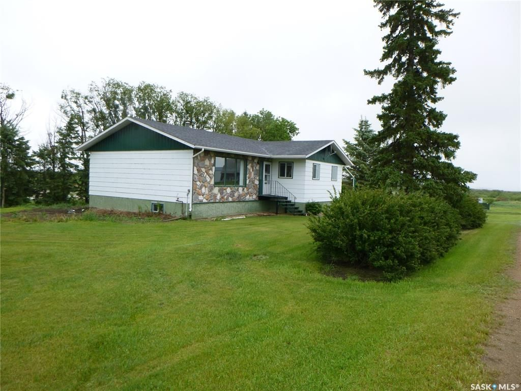 Main Photo: Billy Brown Acreage in Tisdale: Residential for sale (Tisdale Rm No. 427)  : MLS®# SK860414