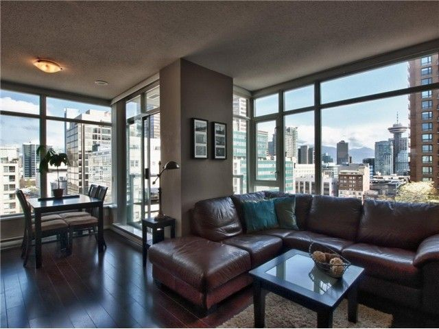 "Main Photo: 1202 480 ROBSON Street in Vancouver: Downtown VW Condo for sale in ""R&R"" (Vancouver West)  : MLS®# V886537"