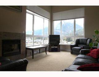 "Photo 1: 401 40437 TANTALUS Road in Squamish: Garibaldi Estates Condo for sale in ""THE SPECTACLE"" : MLS®# V686624"