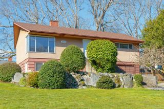 Photo 4: 3970 Bow Rd in : SE Mt Doug House for sale (Saanich East)  : MLS®# 869987