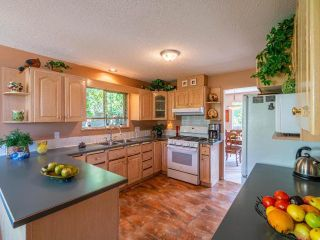 Photo 8: 831 EAGLESON Crescent: Lillooet House for sale (South West)  : MLS®# 163459