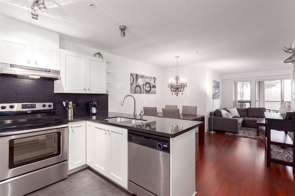 Main Photo: 205 4550 FRASER STREET in Vancouver East: Fraser VE Home for sale ()  : MLS®# R2257241