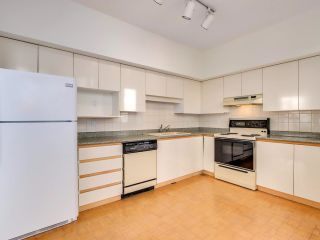 """Photo 12: 1400 5967 WILSON Avenue in Burnaby: Metrotown Condo for sale in """"PLACE MERIDIAN"""" (Burnaby South)  : MLS®# R2619905"""