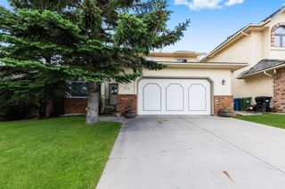 Main Photo: 927 Shawnee Drive SW in Calgary: Shawnee Slopes Detached for sale : MLS®# A1123376