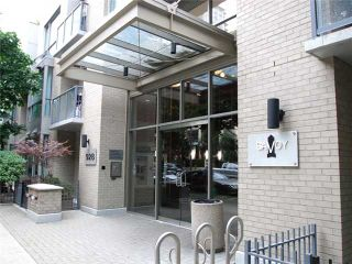 "Photo 2: # 1302 928 RICHARDS ST in Vancouver: Yaletown Condo for sale in ""THE SAVOY"" (Vancouver West)  : MLS®# V964229"