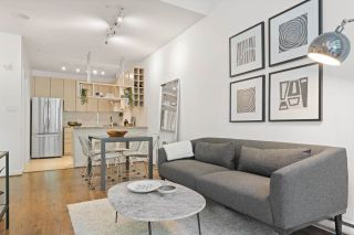 """Main Photo: 565 HELMCKEN Street in Vancouver: Downtown VW Townhouse for sale in """"Freesia"""" (Vancouver West)  : MLS®# R2581508"""