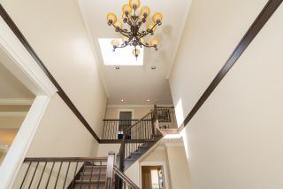 Photo 3: 5311 CLIFTON Road in Richmond: Lackner House for sale : MLS®# R2551850