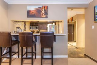 """Photo 7: 203 1550 MARINER Walk in Vancouver: False Creek Condo for sale in """"Mariners Point"""" (Vancouver West)  : MLS®# R2288697"""