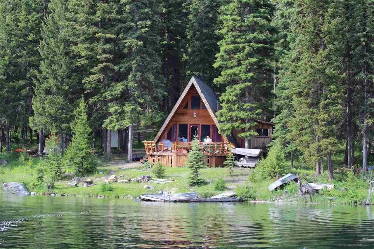 "Main Photo: 2452 TYEE LAKE Road in Williams Lake: Williams Lake - Rural North House for sale in ""TYEE LAKE"" (Williams Lake (Zone 27))  : MLS®# R2428990"