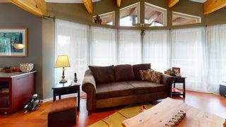 "Photo 16: 7858 LOHN Road in Halfmoon Bay: Halfmn Bay Secret Cv Redroofs House for sale in ""WELCOME WOODS"" (Sunshine Coast)  : MLS®# R2533646"