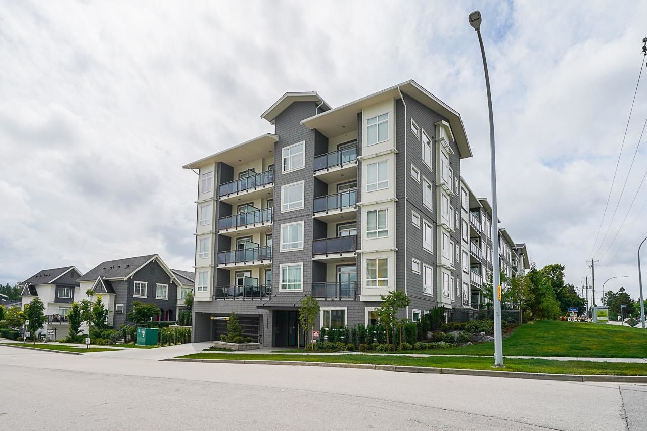 """Main Photo: 114 13628 81A Avenue in Surrey: Bear Creek Green Timbers Condo for sale in """"King's Landing"""" : MLS®# R2609936"""