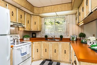 "Photo 7: 22 2306 198 Street in Langley: Brookswood Langley Manufactured Home for sale in ""CEDAR LANE 55+"" : MLS®# R2361882"