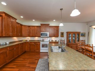 Photo 12: 9 737 ROYAL PLACE in COURTENAY: CV Crown Isle Row/Townhouse for sale (Comox Valley)  : MLS®# 826537