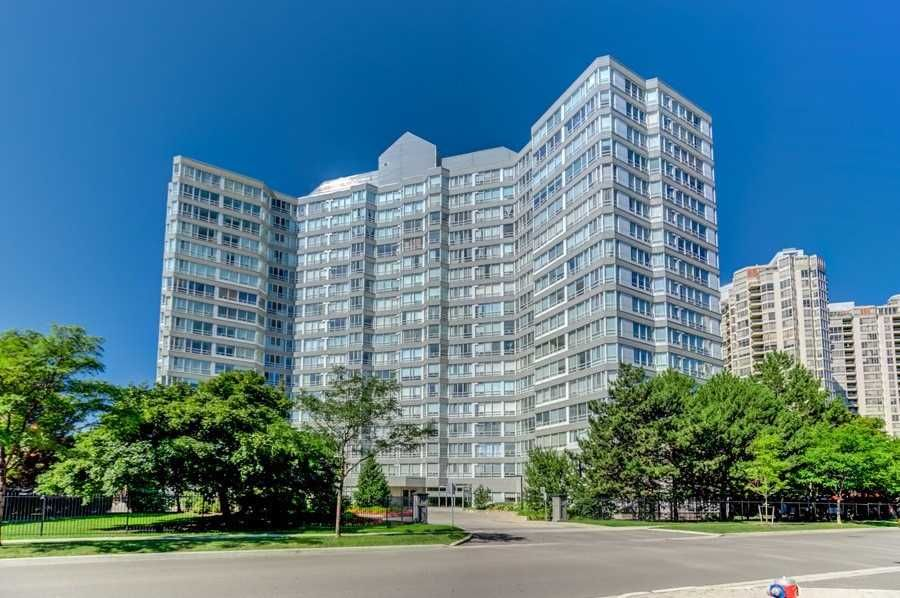 Main Photo: 1805 50 Kingsbridge Garden Circle in Mississauga: Hurontario Condo for sale : MLS®# W4642207