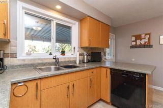 Photo 13: 704 Brookridge Pl in VICTORIA: SW Northridge House for sale (Saanich West)  : MLS®# 811584