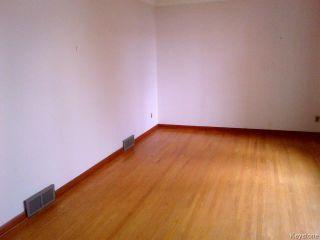 Photo 8: 28 Byrd Avenue in WINNIPEG: Westwood / Crestview Residential for sale (West Winnipeg)  : MLS®# 1420445