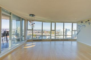 Photo 5: 3003 455 BEACH CRESCENT in Vancouver: Yaletown Condo for sale (Vancouver West)  : MLS®# R2514641