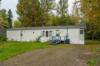 Photo 2: 7255 ALDEEN Road in Prince George: Lafreniere Manufactured Home for sale (PG City South (Zone 74))  : MLS®# R2408476