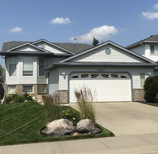 Photo 2: 10020 180 A Avenue NW in Edmonton: Zone 27 House for sale : MLS®# E4229734