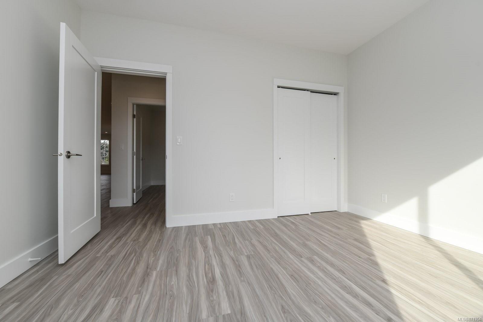 Photo 18: Photos: 68 Grayhawk Pl in : CV Courtenay City House for sale (Comox Valley)  : MLS®# 871354