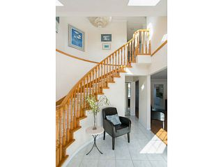 Photo 2: 4115 McGill Street in Burnaby North: Vancouver Heights House for sale : MLS®# V1049333