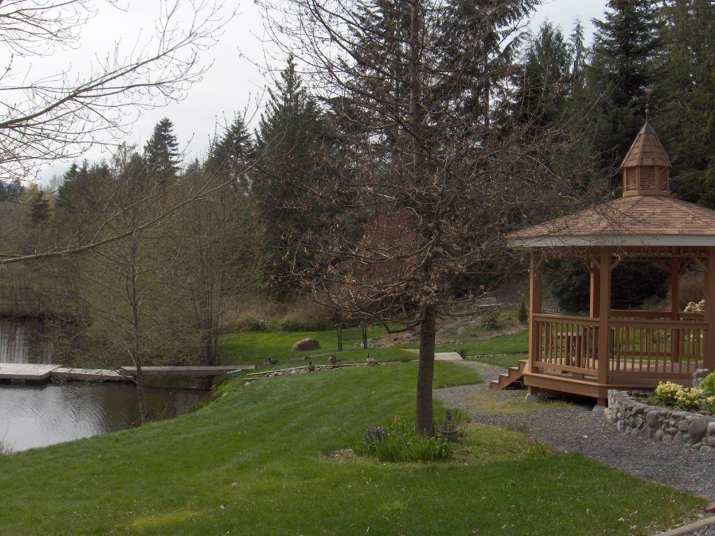 Photo 3: Photos: 4716 Cowichan Lake Road in Duncan: House  (FVREB Out of Town)  : MLS®# VIREB 287173