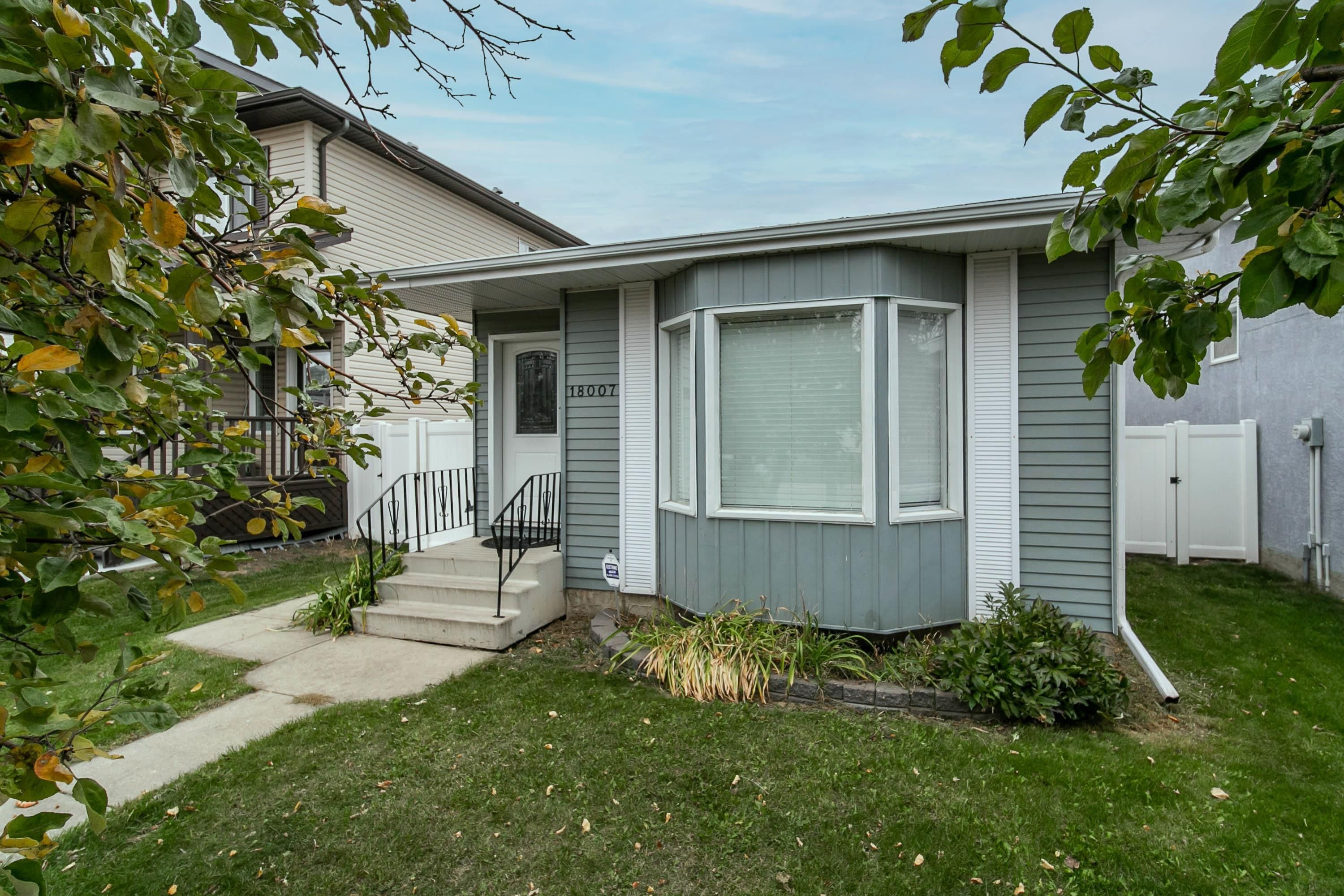 Main Photo: 18007 91A Street in Edmonton: Zone 28 House for sale : MLS®# E4265619