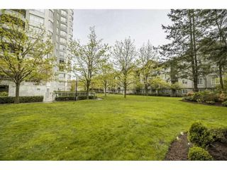 "Photo 17: 903 10082 148 Street in Surrey: Guildford Condo for sale in ""The Stanley"" (North Surrey)  : MLS®# R2572176"