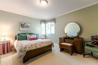"""Photo 18: 1639 133A Street in Surrey: Crescent Bch Ocean Pk. House for sale in """"AMBLEGREEN"""" (South Surrey White Rock)  : MLS®# R2169995"""