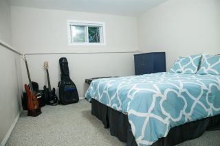Photo 16: 4181 ROSE Crescent in West Vancouver: Sandy Cove House for sale : MLS®# R2102445