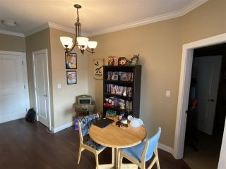"""Photo 10: 412 2038 SANDALWOOD Crescent in Abbotsford: Central Abbotsford Condo for sale in """"The Element"""" : MLS®# R2490142"""