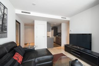 """Photo 7: 1806 1111 ALBERNI Street in Vancouver: West End VW Condo for sale in """"Shangri-La"""" (Vancouver West)  : MLS®# R2568086"""