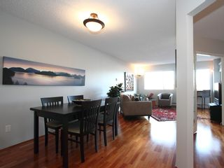 """Photo 10: 404 1510 W 1ST Avenue in Vancouver: False Creek Condo for sale in """"MARINERS POINT"""" (Vancouver West)  : MLS®# V919317"""