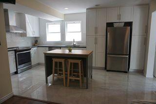 Photo 7: 9027 93 Street in Edmonton: Zone 18 House for sale : MLS®# E4248922