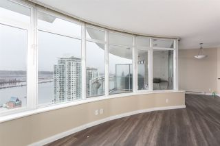 Photo 3: 3002 888 CARNARVON Street in New Westminster: Downtown NW Condo for sale : MLS®# R2431817