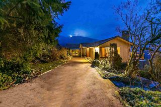 Photo 4: 574 CRAIGMOHR Drive in West Vancouver: Glenmore House for sale : MLS®# R2545385