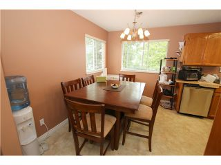 """Photo 6: 6017 189TH Street in Surrey: Cloverdale BC House for sale in """"CLOVERHILL"""" (Cloverdale)  : MLS®# F1423444"""