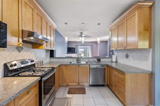 """Photo 6: 42 18181 68 Avenue in Surrey: Cloverdale BC Townhouse for sale in """"Magnolia"""" (Cloverdale)  : MLS®# R2568786"""