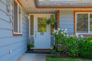 Photo 3: 865 Fishermans Cir in : PQ French Creek House for sale (Parksville/Qualicum)  : MLS®# 884146