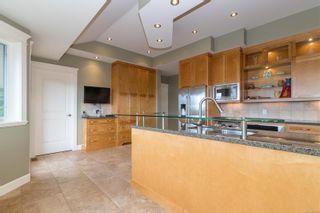 Photo 16: 2206 Woodhampton Rise in Langford: La Bear Mountain House for sale : MLS®# 886945