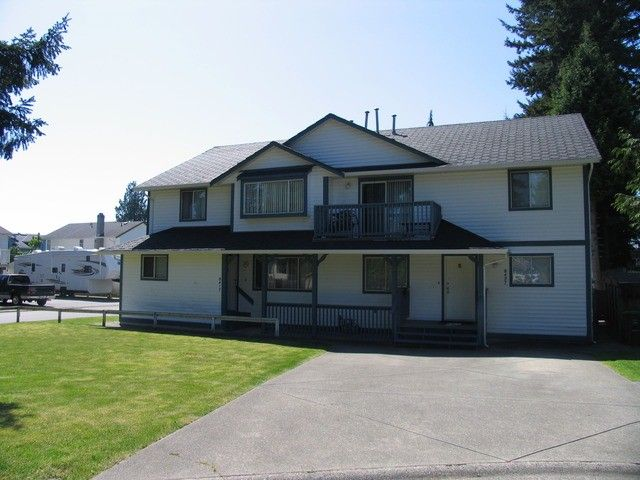 Main Photo: 8417 - 8427 156A ST in Surrey: Fleetwood Tynehead Duplex for sale : MLS®# F1310910