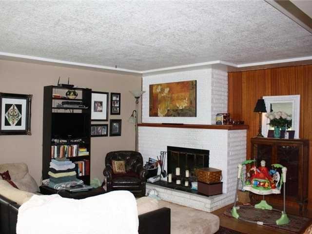 Photo 5: Photos: 92 GLOVER AV in : GlenBrooke North House for sale : MLS®# V955969