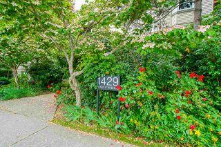 """Photo 3: 209 1429 E 4TH Avenue in Vancouver: Grandview Woodland Condo for sale in """"Sandcastle Villa"""" (Vancouver East)  : MLS®# R2554963"""