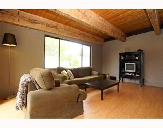 Photo 2: 41280 MEADOW Avenue: Brackendale House for sale (Squamish)  : MLS®# V705307