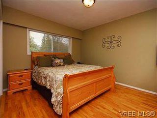 Photo 12: 1854 Elmhurst Pl in VICTORIA: SE Lambrick Park House for sale (Saanich East)  : MLS®# 572486