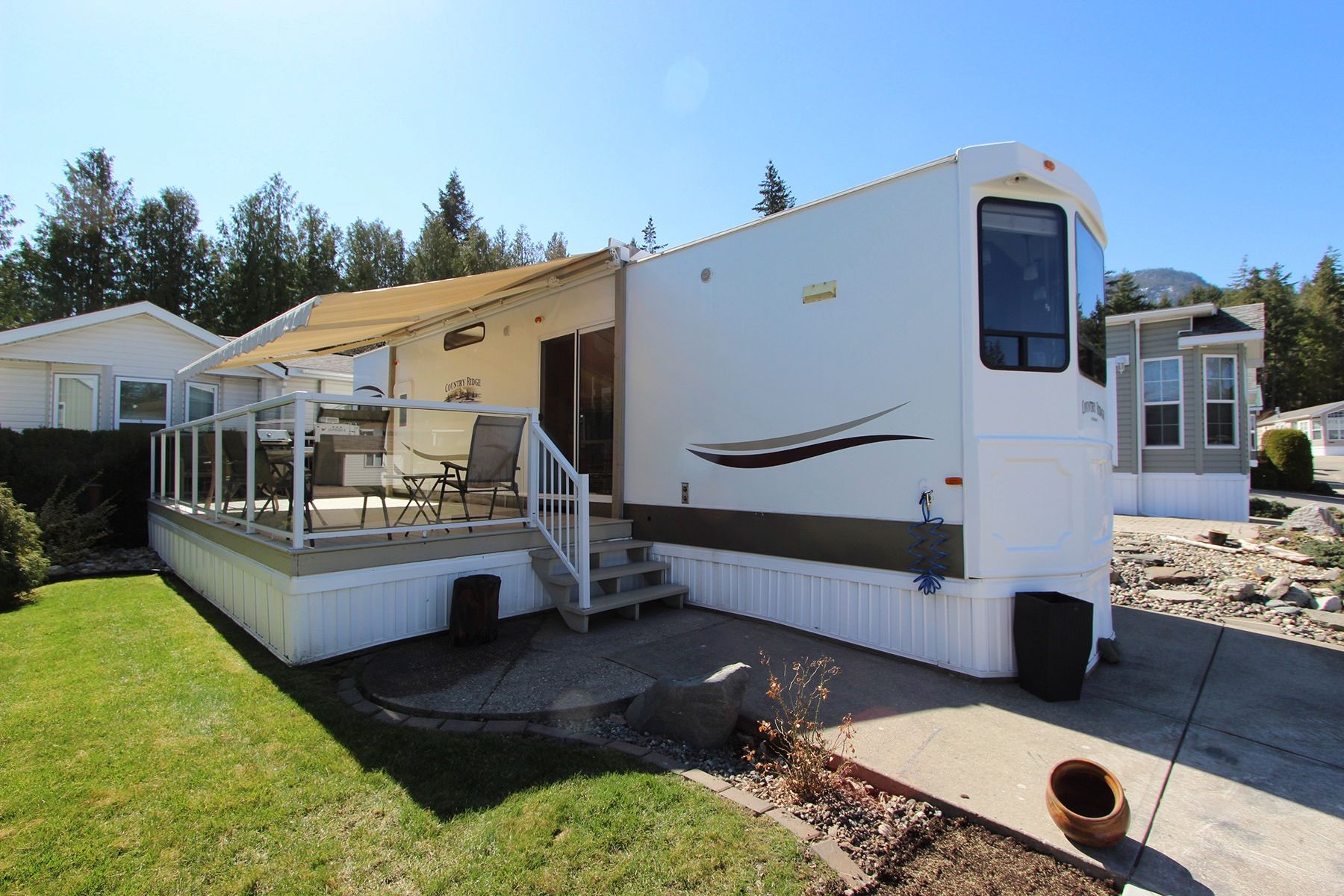 Main Photo: 46 667 Waverly Park Frontage Road in : Sorrento Recreational for sale (South Shuswap)  : MLS®# 10228217
