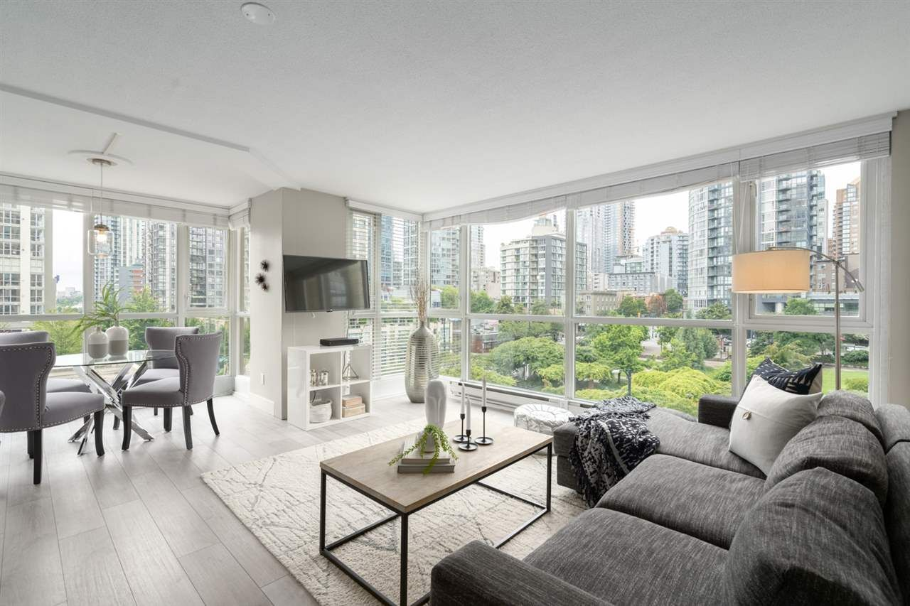 """Main Photo: 409 1188 RICHARDS Street in Vancouver: Yaletown Condo for sale in """"Park Plaza"""" (Vancouver West)  : MLS®# R2475181"""